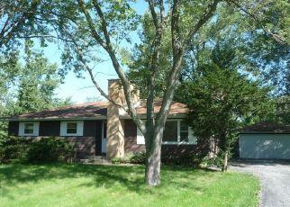 Foreclosed Home en DAVIS ST, Matteson, IL - 60443