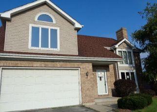 Foreclosed Home en LANGE ST, Lansing, IL - 60438