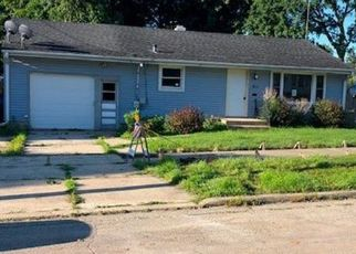 Foreclosed Home en HOLLY ST, Elgin, IL - 60123
