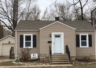 Foreclosed Home in HORN AVE, Alton, IL - 62002