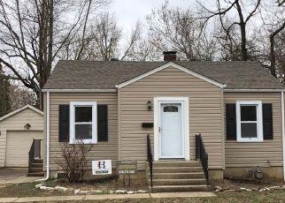 Foreclosed Home en HORN AVE, Alton, IL - 62002
