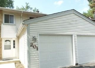 Foreclosed Home in DIANE LN, Bolingbrook, IL - 60440