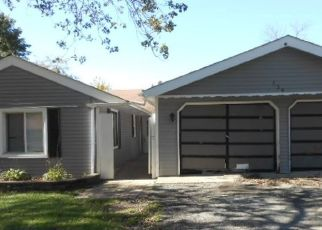 Foreclosed Home in KINGSTON RD, Bolingbrook, IL - 60440