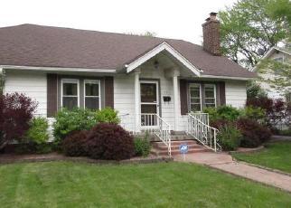 Foreclosed Home in STELLA BLVD, Steger, IL - 60475