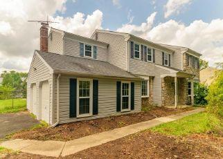 Foreclosed Home en HAMILTON DR, Morrisville, PA - 19067