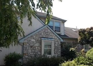 Foreclosed Home en BLUEBELL CT, Newtown, PA - 18940