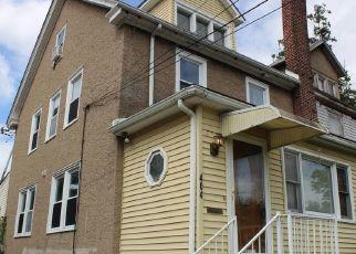 Foreclosed Home en W ASHLAND AVE, Glenolden, PA - 19036
