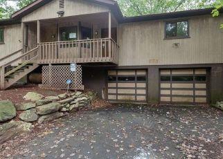 Casa en ejecución hipotecaria in East Stroudsburg, PA, 18301,  MAYFIELD CT ID: F4309865