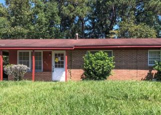 Foreclosed Home en ELEANOR ST, Savannah, GA - 31415
