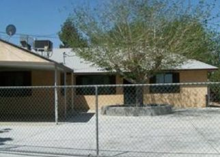 Foreclosed Home en FLORA ST, Barstow, CA - 92311
