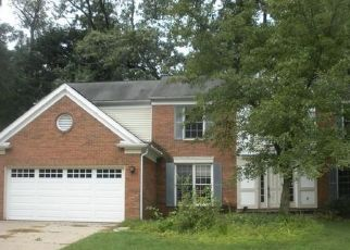 Foreclosed Home in PARK FOREST DR, West Bloomfield, MI - 48324