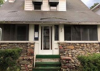 Foreclosed Home en LEWIS AVE, Poughkeepsie, NY - 12603