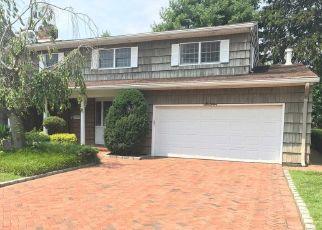 Foreclosed Home en DEVON RD, Rockville Centre, NY - 11570