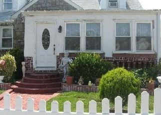 Foreclosed Home in HARDING PL, Freeport, NY - 11520