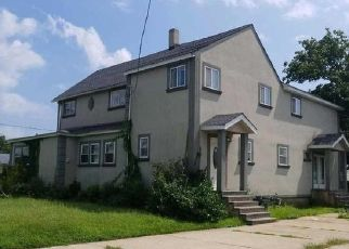 Foreclosed Home in SAINT MARKS AVE, Freeport, NY - 11520