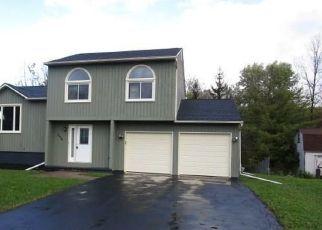 Foreclosed Home en SNOWSHOE TRL, Cicero, NY - 13039