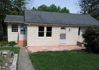 Foreclosed Home en WILDWOOD TRL, Monroe, NY - 10950