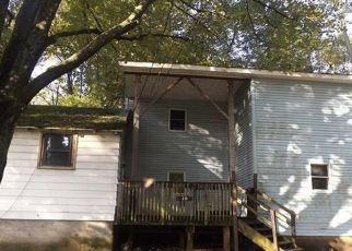 Foreclosed Home en PALAMINO PL, New Windsor, NY - 12553