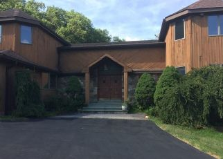 Foreclosed Home en MOUNTAIN BROOK RD, Cornwall, NY - 12518