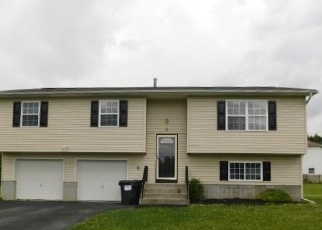 Foreclosed Home en SOUTH WAY, Walden, NY - 12586