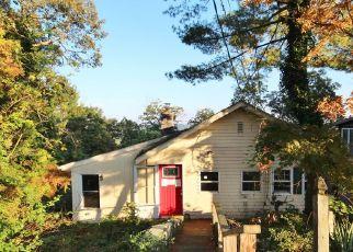 Foreclosed Home in PLEASANT RD, Lake Peekskill, NY - 10537