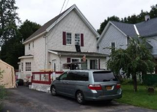 Foreclosed Home en MARKET ST, Rotterdam Junction, NY - 12150