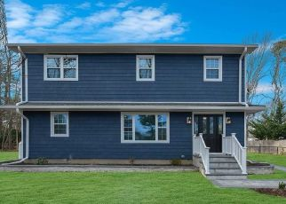 Foreclosed Home en SMITH ST, Nesconset, NY - 11767