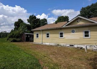 Foreclosed Home en STATION RD, Highland, NY - 12528