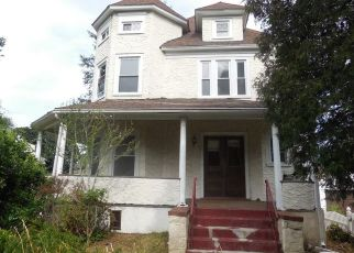 Foreclosed Home en GARDEN AVE, Mount Vernon, NY - 10553