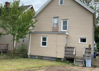 Foreclosed Home en W 115TH ST, Cleveland, OH - 44111