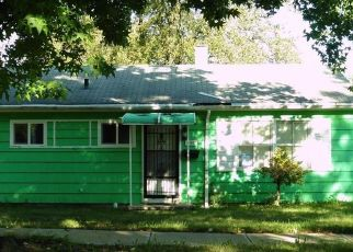 Foreclosed Home en ROOKWOOD RD, Cleveland, OH - 44112
