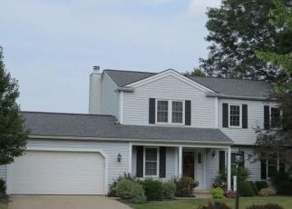 Foreclosed Home en MARINER DR, North Royalton, OH - 44133
