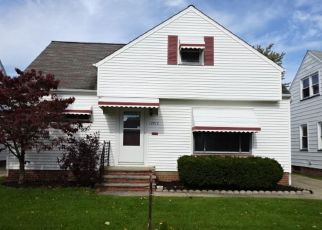 Foreclosed Home en OAKVIEW BLVD, Cleveland, OH - 44125