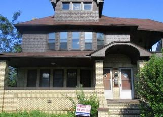 Foreclosed Home en HILDANA RD, Cleveland, OH - 44120