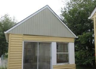 Foreclosed Home in BALDWIN AVE NE, Canton, OH - 44705
