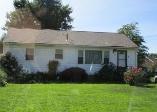 Foreclosed Home en ROSEWAE AVE, Cortland, OH - 44410