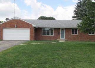 Foreclosed Home en PARKVIEW DR, Walbridge, OH - 43465