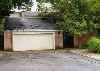 Foreclosed Home en ROMAN WAY, Montgomery Village, MD - 20886