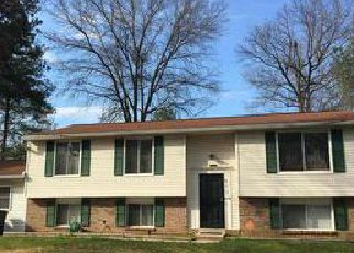 Foreclosed Home en HOMESTAKE DR, Bowie, MD - 20720