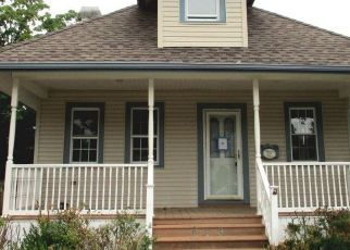 Foreclosed Home in MOUNT VERNON AVE, Clementon, NJ - 08021