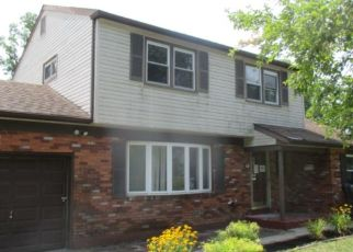 Foreclosed Home in COLGATE RD, Atco, NJ - 08004