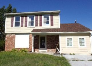 Foreclosed Home in DENISE LN, Williamstown, NJ - 08094