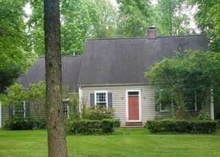 Foreclosed Home in HEWITT AVE, Williamstown, NJ - 08094