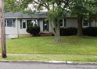 Foreclosed Home in ALABAMA AVE, Brick, NJ - 08724