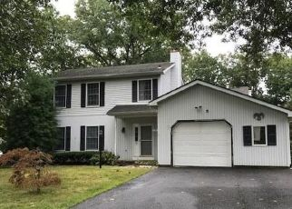 Foreclosed Home in HEMLOCK HILL RD, Jackson, NJ - 08527