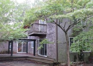 Foreclosed Home in CANAL AVE, Manahawkin, NJ - 08050