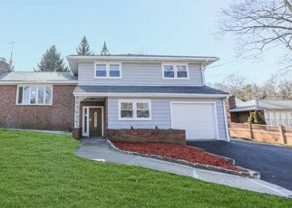 Foreclosed Home in OVERMOUNT AVE, Little Falls, NJ - 07424