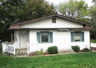 Foreclosed Home en JUNEAU RD, Genoa City, WI - 53128