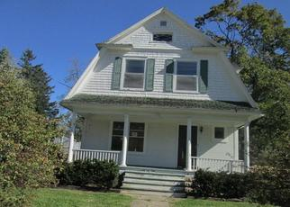 Foreclosed Home en WOOD ST, Walworth, WI - 53184