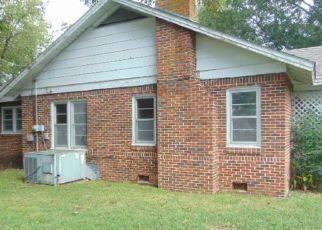 Foreclosed Home in ELLER ST, Lexington, TN - 38351